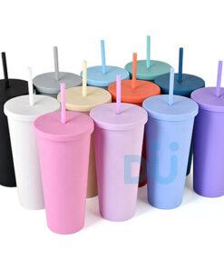 plastic tumbler with straw